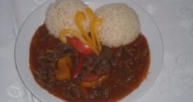 Ďábelské maso, dušená rýže