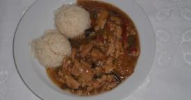Kuřecí-směs-dušená-rýže