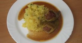 Pečená plněná paprika, šťouchaný brambor